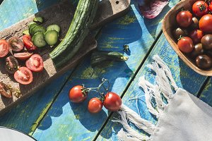 Salad with arugula, Little Gem, chee