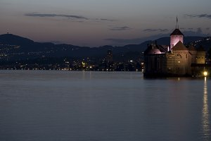 Night view of Castle and lake