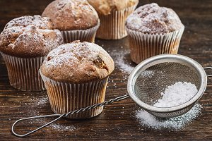Cupcakes. Muffins with raisins.