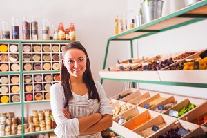 Zero waste and raw food concept shop