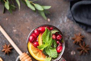 Tea with cranberry, orange, spices