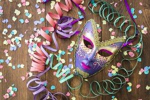 Carnival mask with confetti