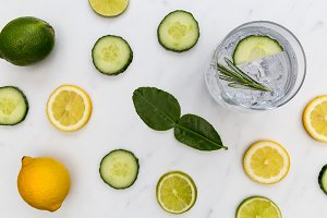 Gin tonic cocktail drink