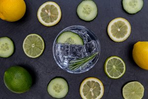 Gin tonic cocktail drink glass