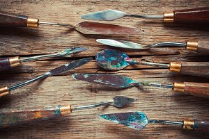 Artist palette knifes