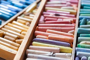 Artistic pastel crayons