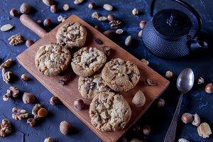 Delicious raisin biscuits, chocolate