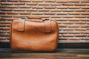 Old vintage leather luggage bag