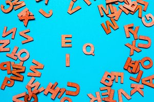 EQ,IQ of wooden letters