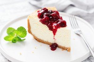 Classic Cheesecake With Cherry Sauce