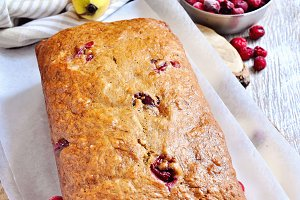 Banana bread loaf with ripe bananas