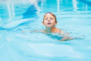 Activities on the pool, children
