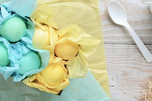 Pastel Eggs with same color tissue p