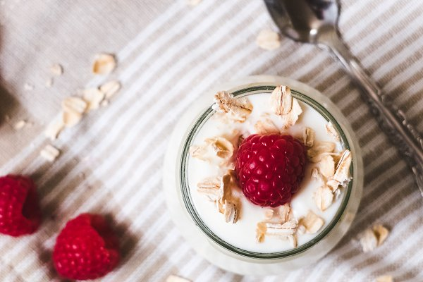 Food Images: Visual Bloom - Yogurt With Raspberries