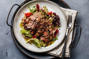 Roast beef Salad with vegetables