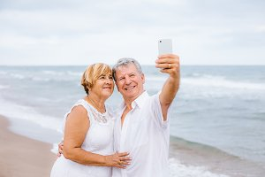 Senior couple making a selfie