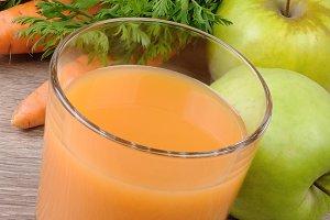 Apple-carrot juice