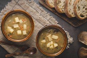 Potato mushrooms soup