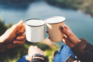 Warm drinks in nature