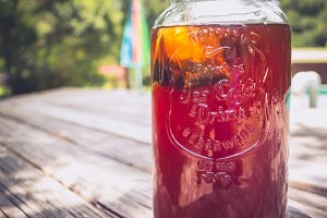 Sun Tea in the Summertime