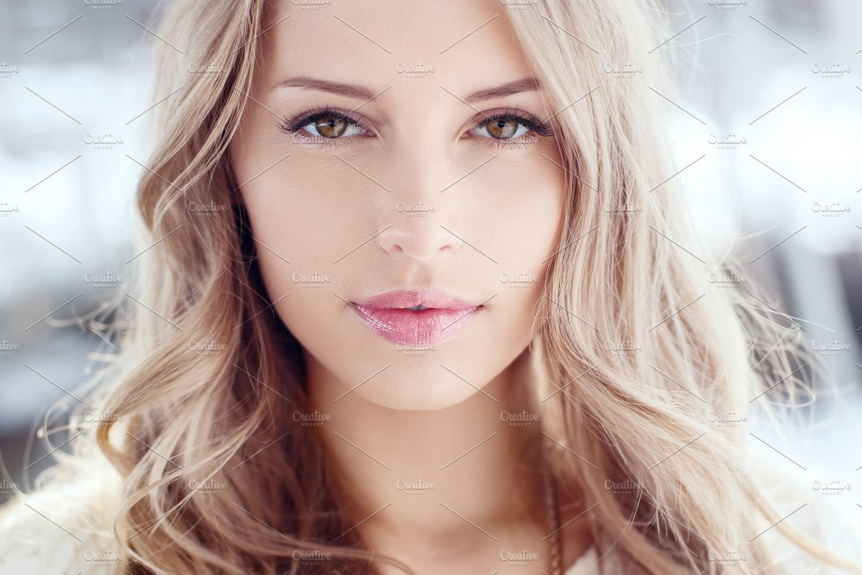 Portrait Of A Beautiful Blonde Beauty Amp Fashion Photos