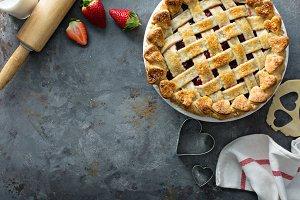 Strawberry pie with lattice