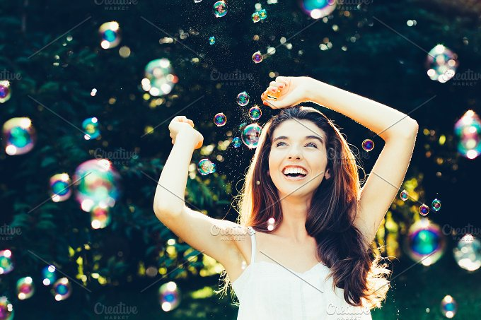 Fun in bubbles.jpg - Beauty & Fashion