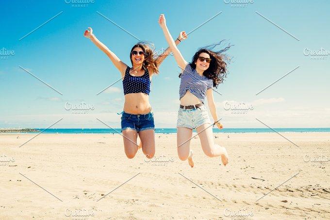Jumping on the beach.jpg - Holidays