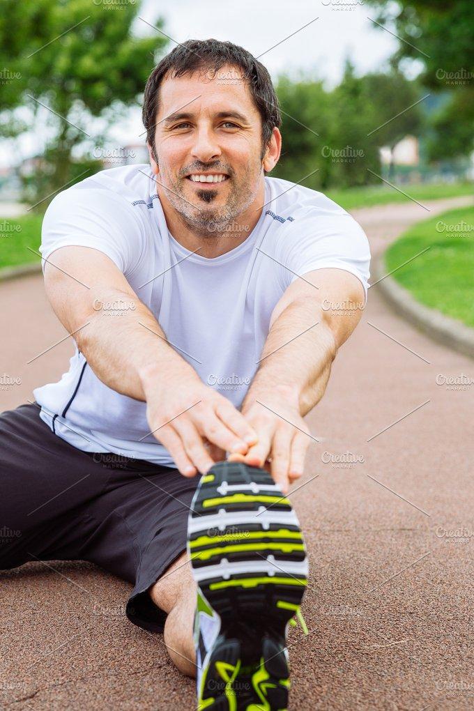 Sretching exercise.jpg - Sports