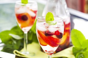 White sangria with fruits and berrie
