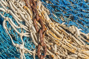 Chain on a fishing net (14)