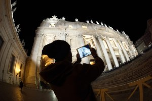 Tourist with pad shooting St. Peters