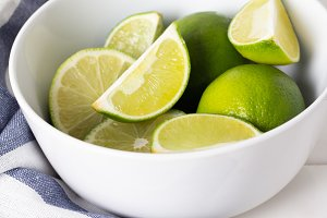 lime in a white plate