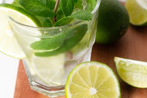 mojito (water) and ingredients for i