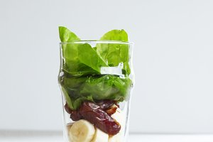 Spinach date and sesame smoothie.jpg
