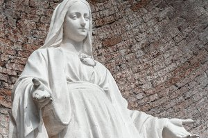 Statue in stone of Virgin Mary