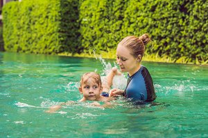 Woman swimming instructor for