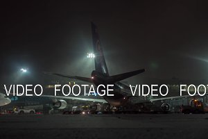 Timelapse of servicing airplane at