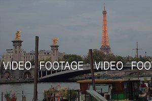 Evening cityscape of Paris with Pont