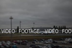 Timelapse shot of airplanes traffic