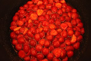 Make Strawberry Jam