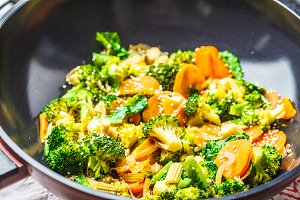 Vegan wok stir fry with broccoli