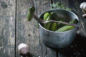 Low-salt pickled cucubbers