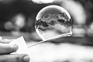 Black And White, Bubble