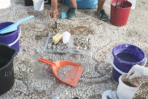Archaeologists recover artifacts mos