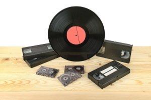 Composition of vinyl disc, audiocass