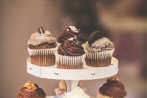 Chocolate cupcakes stand