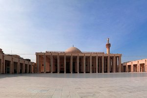 Exterior view to Kuwait Grand Mosque
