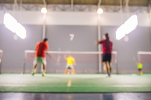 Defocus badminton playing