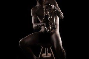 Nude saxophonist (6)